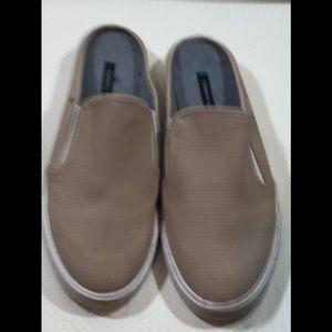 Tommy Hilfiger boat shoe slide Tan size 10M